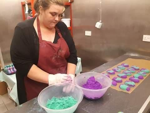 Candy making bath bombs